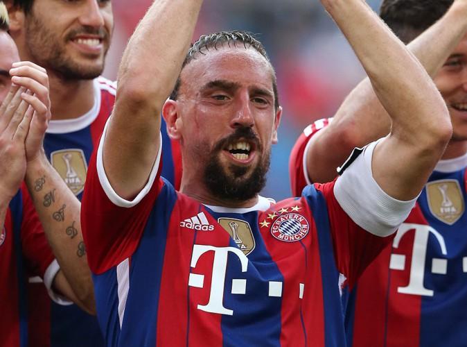 "Franck Ribéry justifie son nouveau look : ""Wahiba souhaite que je garde ma barbe !"""