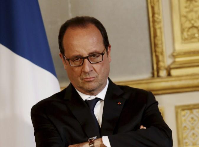 """François Hollande a repris """"entre 7 et 10 kilos"""" depuis que Valérie Trierweiler est partie !"""