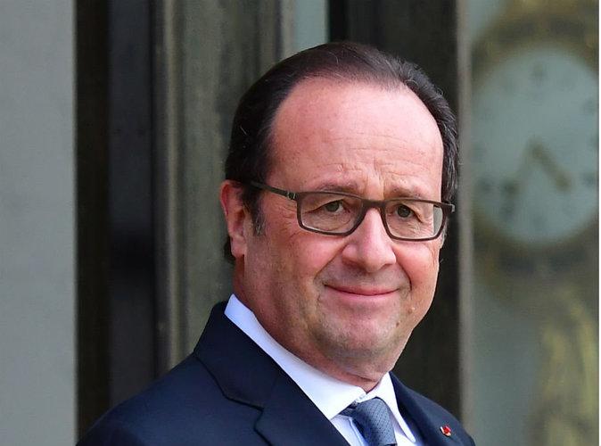 François Hollande : une photo de lui, beau gosse, affole la Toile !
