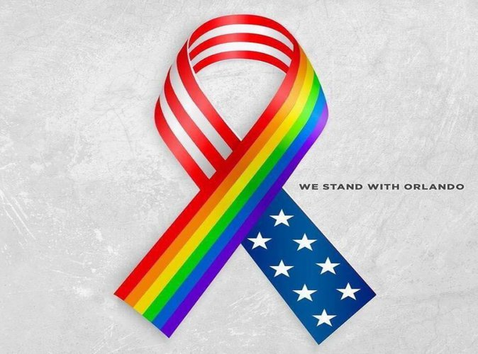 Fusillade historique à Orlando : les people émus sur Twitter face à ce drame tragique