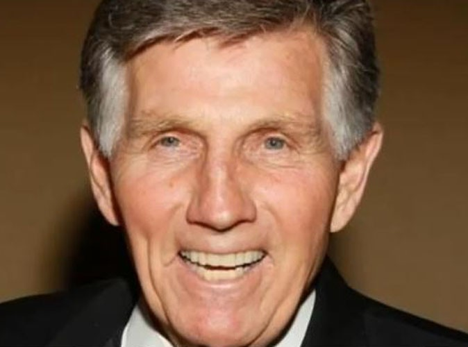gary collins le c l bre acteur am ricain est d c d l 39 ge de 74 ans. Black Bedroom Furniture Sets. Home Design Ideas