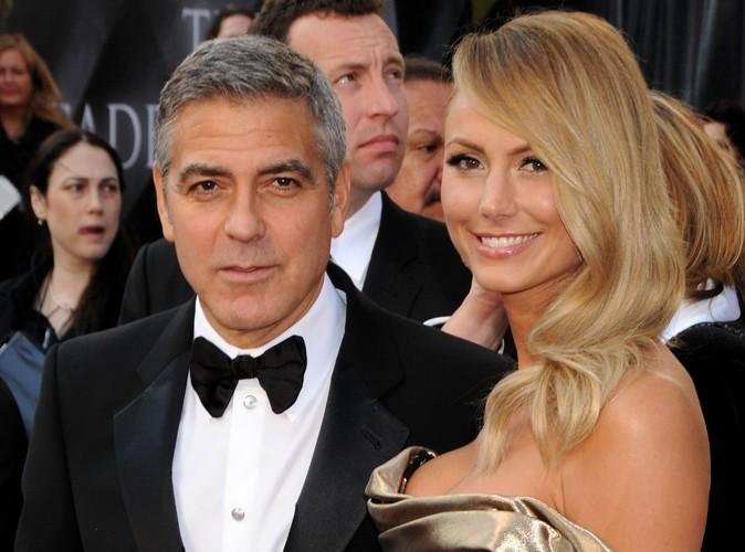 George Clooney et Stacy Keibler : empoisonnés en Italie !