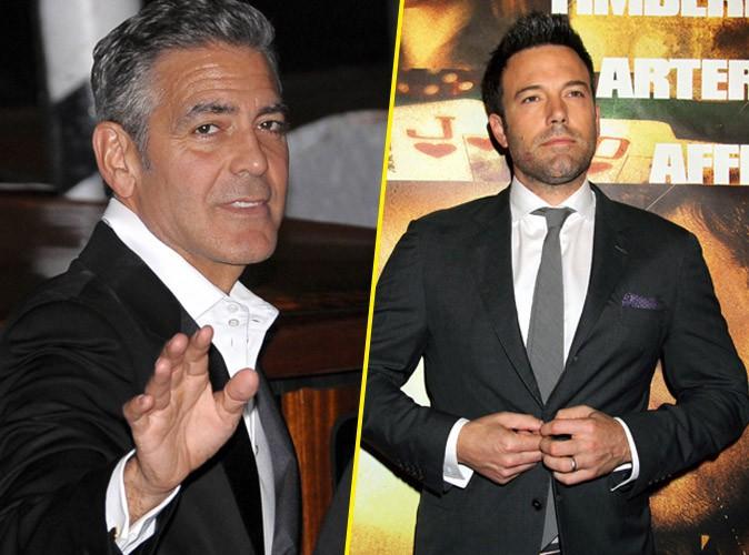 """George Clooney : il défend Ben Affleck et avoue avoir lui-même """"massacré"""" Batman !"""