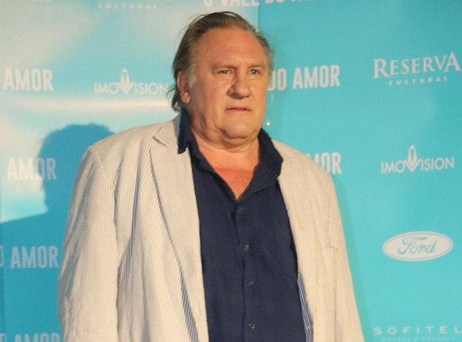 """Gérard Depardieu : la France, un pays """"peuplé d'imbéciles qui font du vin et du fromage qui pue"""" !"""