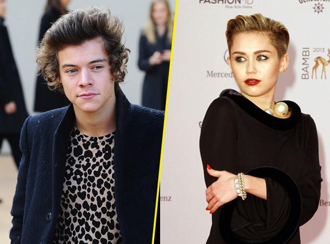 Harry Styles : émoustillé par le twerk de Miley Cyrus, il la drague par textos !