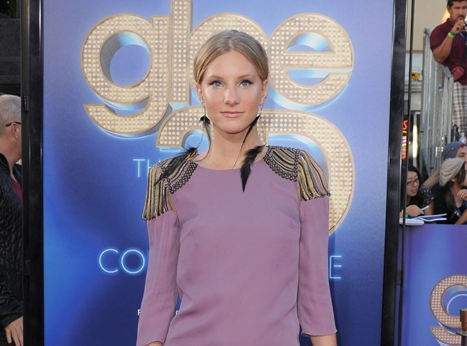Heather Morris de la série Glee a dit bye bye à ses implants mammaires !