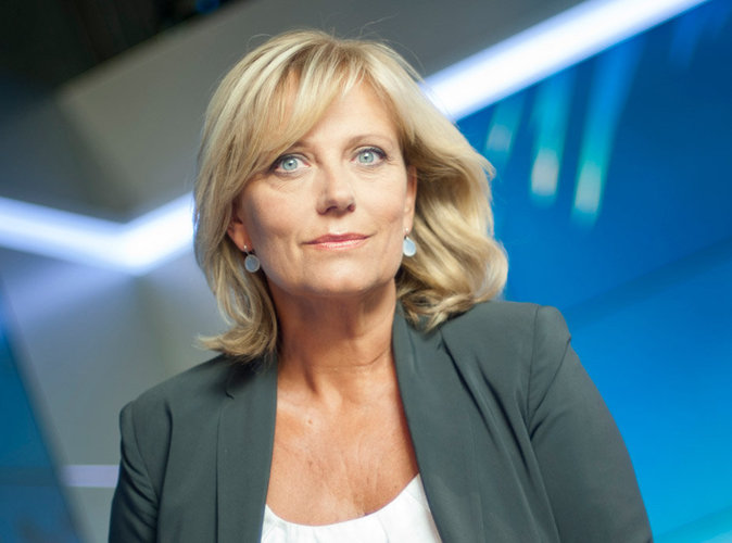 Hécatombe : après Elise Lucet, une autre journaliste éloignée de l'antenne suite à un accident
