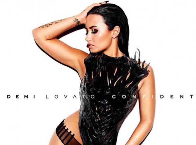 Demi Lovato sans vêtement ni retouche pour Vanity Fair