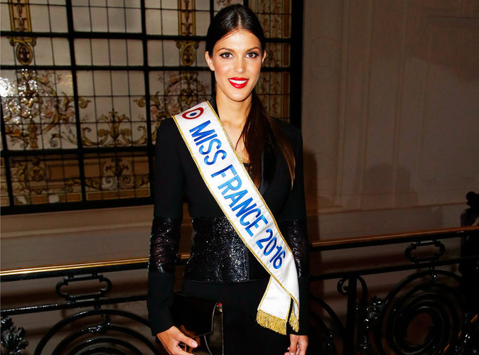 Iris Mittenaere en bikini : Miss France donne chaud !