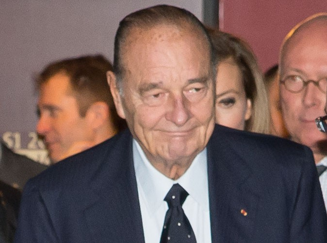 """Jacques Chirac : opéré ce lundi d'une tumeur, l'ancien président va bien et """"grogne"""" carrément..."""