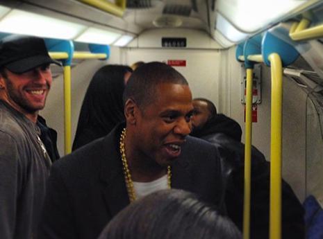 Jay-Z : plus bas que terre avant sa performance londonienne !