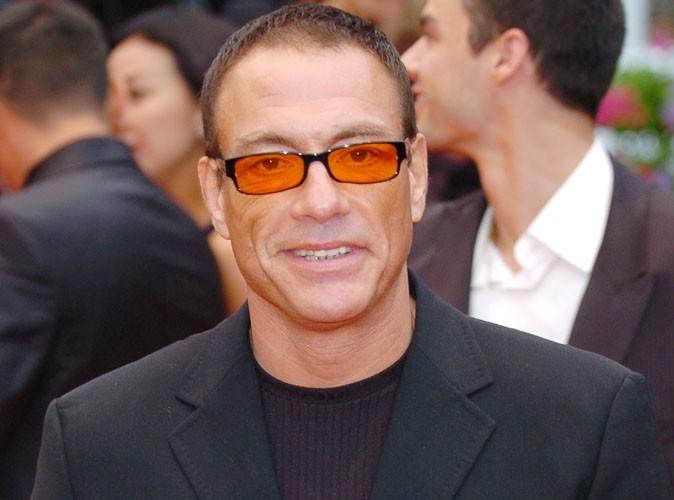 Jean Claude Van Damme : le Belge termine sa course dans un fossé !