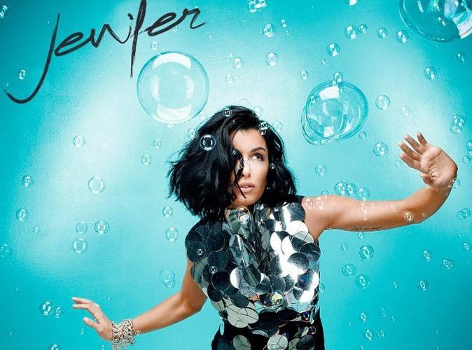 """Jenifer : elle a dévoilé son pétillant single """"Sur le fil"""" ce matin !"""