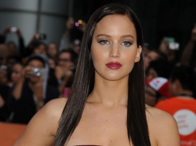 """Jennifer Lawrence : """"Ma mère ressemble à celle de Lindsay Lohan, mais la mienne a bon gout…"""""""