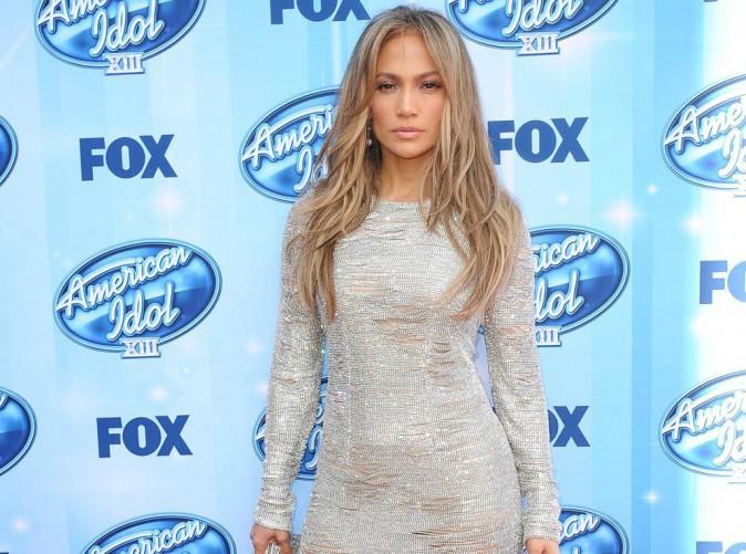 """Jennifer Lopez : célibataire, elle positive : """"Je suis devenue plus forte"""" !"""