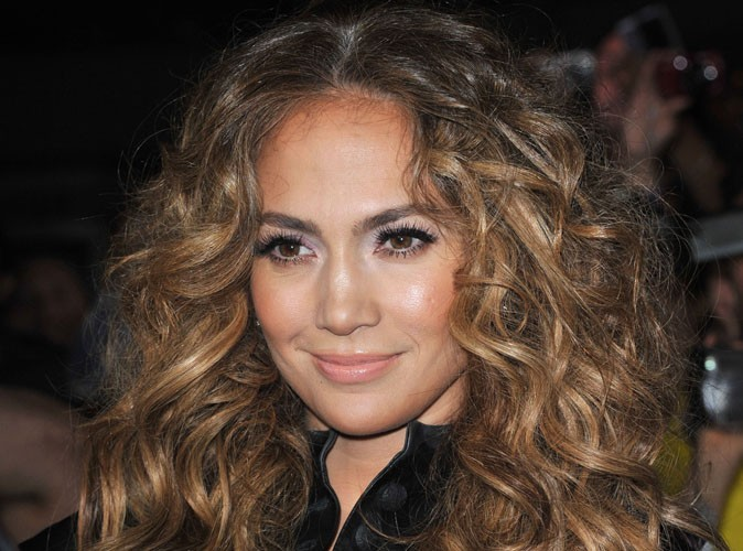 Jennifer Lopez : elle rempile pour une seconde saison dans American Idol !