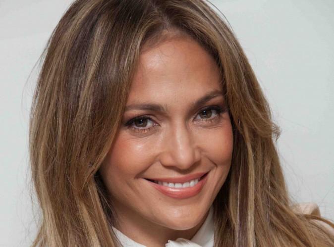 """Jennifer Lopez : elle revient sur son accident : """"j'avais peur que quelque chose soit arrivé aux enfants"""" !"""