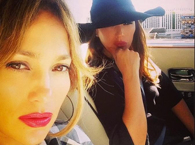 Jennifer Lopez : victime d'un accident de voiture, elle fait de la pr�vention !