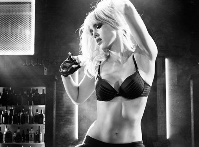 Jessica Alba : bombesque sur l'affiche officielle de Sin City 2 !