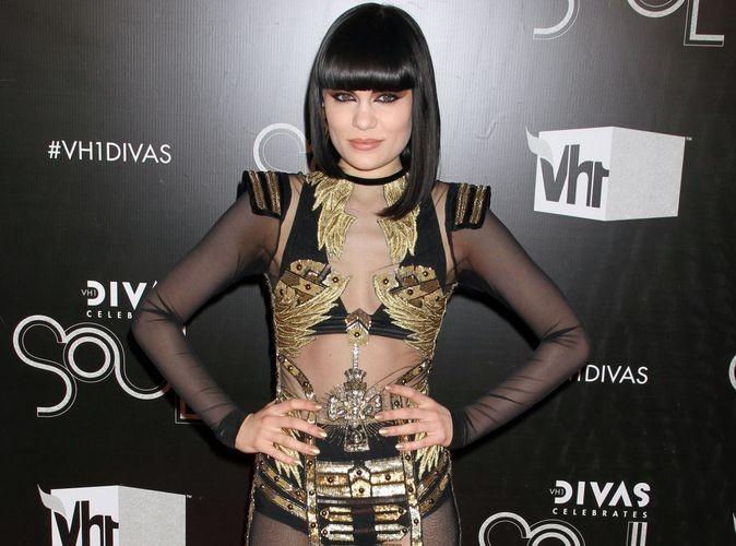 Jessie J : elle veut adopter un look moins drag queen !
