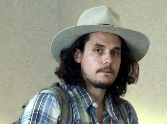 John Mayer : il se remet doucement d'une opération à la gorge…
