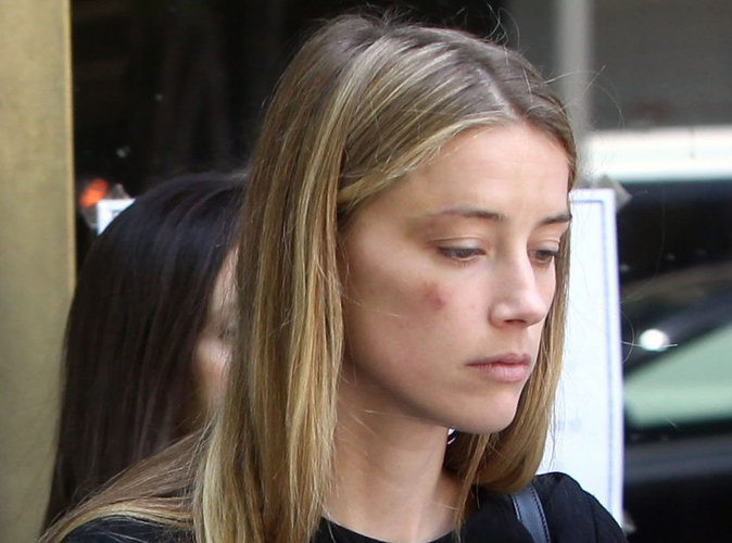 Johnny Depp: Amber Heard a conservé des textos qui prouvent qu'elle était battue.