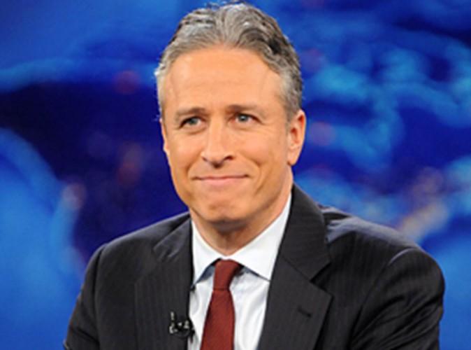 Jon Stewart quitte le Daily Show : les célébrités réagissent !