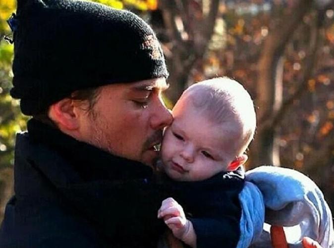 Josh Duhamel : moment câlin avec son fils Axl Jack !