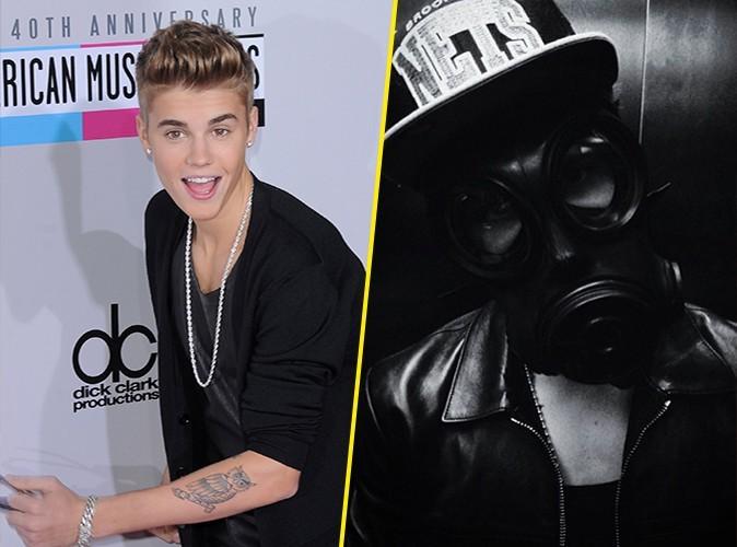 Justin Bieber : il se balade avec un masque à gaz dans les rues de Londres !