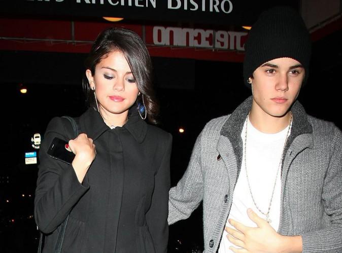"""Justin Bieber : le chanteur officialise-t-il sa relation avec Selena ? """"Tout va bien maintenant. On a géré"""" !"""