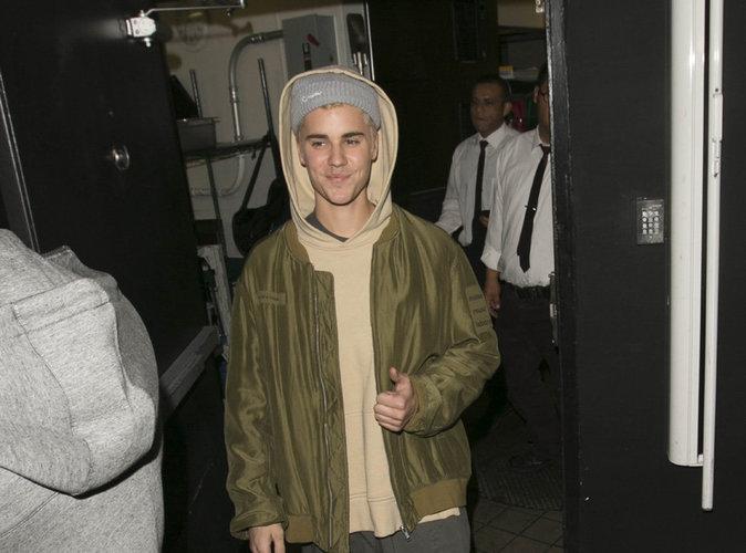 Justin Bieber : le chanteur vole au secours d'une personne âgée dans la rue !