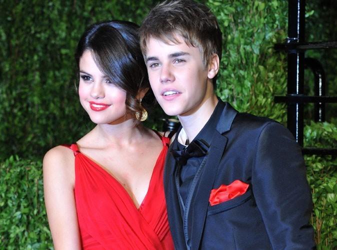 Justin Bieber reprend une chanson de Selena Gomez sur scène !