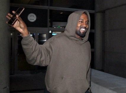 Kanye West : Après le scandale, fini les Cds, place au streaming!