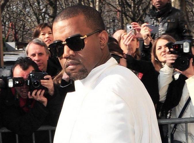 Kanye West : il dévoile son nouveau projet pharaonique sur Twitter !