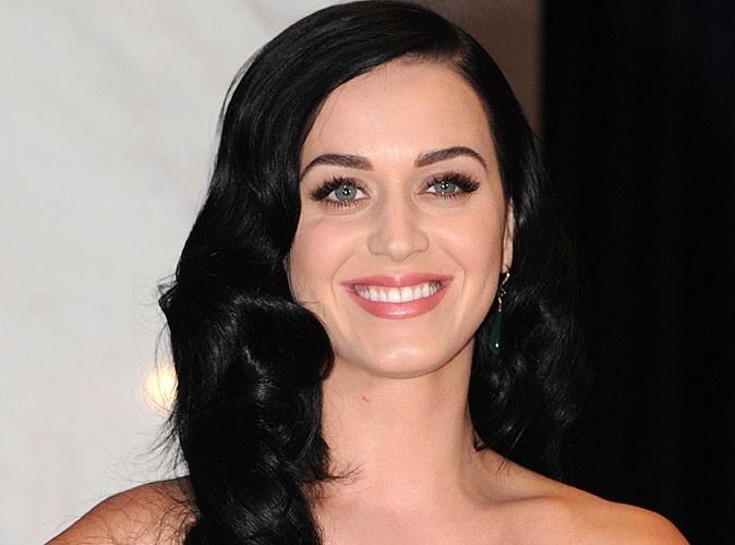Katy Perry : avec John Mayer, elle commence à croire au Papa Noël !