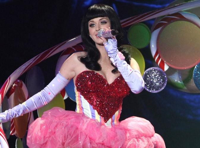 Katy Perry : elle chante avec Rebecca Black, la fille la plus détestée du net !