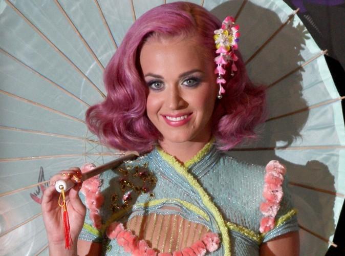 Katy Perry : elle se fait rembarrer par un employé de manège !