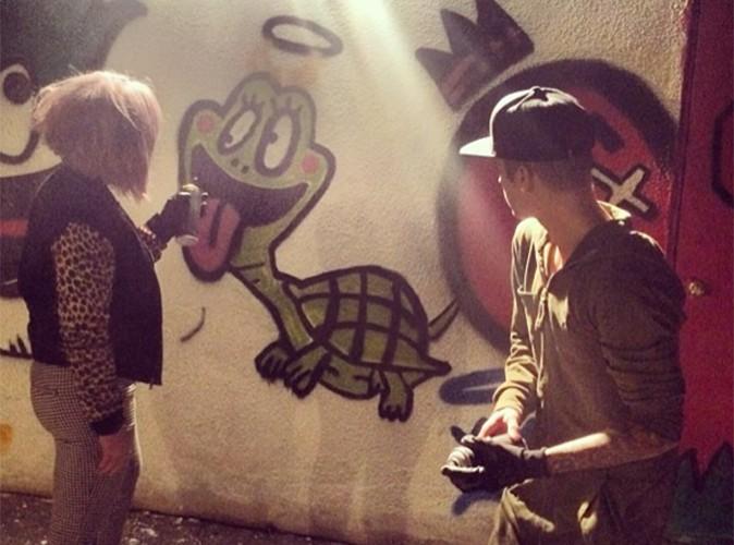 Kelly Obsourne : après avoir rompu ses fiançailles, elle se change les idées avec Justin Bieber !