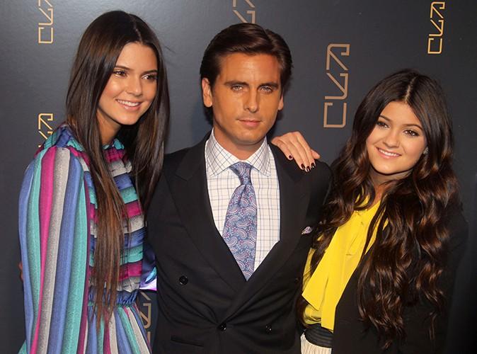 Kendall et Kylie Jenner : sortie illégale dans un club coquin aux côtés de Scott Disick !