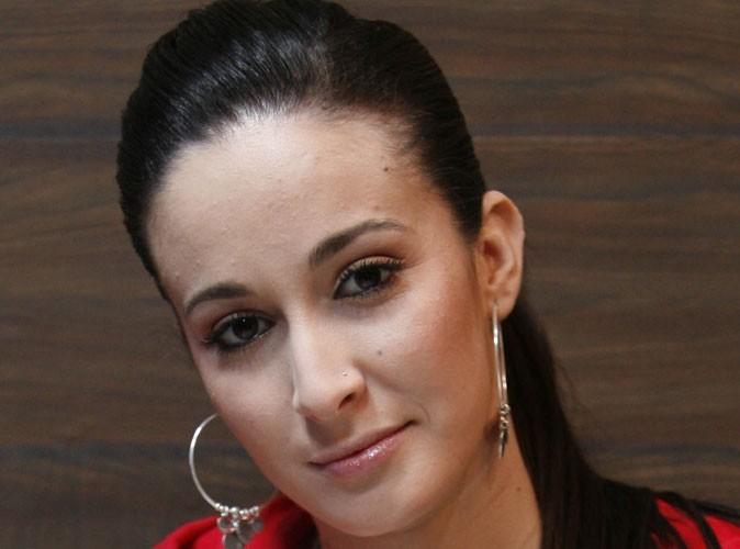 Kenza Farah : elle met fin à sa carrière !