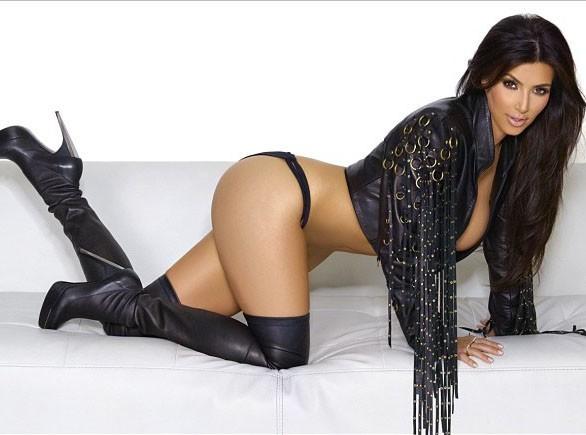 Kim Kardashian : elle fête ses 2 millions de followers sur Instagram avec une photo sexy !