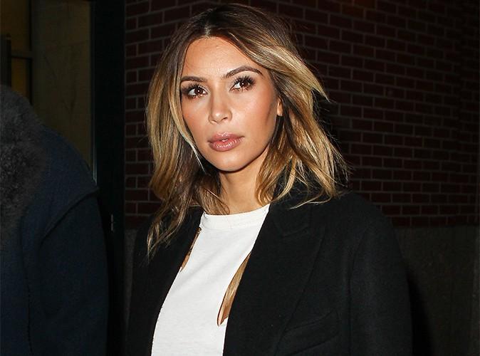 """Kim Kardashian : elle met ses vêtements aux enchères sur e-bay pour soutenir """"en partie"""" les Philippines !"""