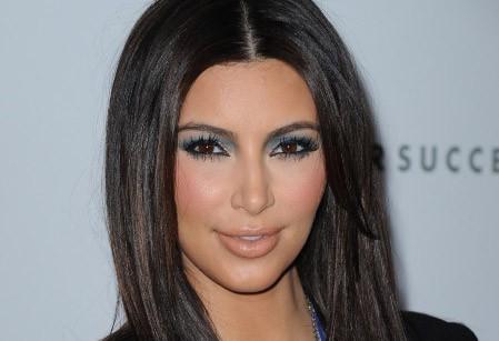 Kim Kardashian prise à son propre piège : elle en a marre des paparazzis !