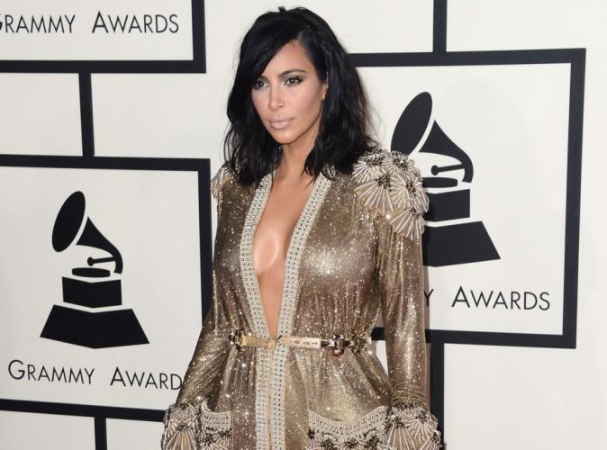 Kim Kardashian : sa robe Jean Paul Gaultier des Grammy ? Déchirée !