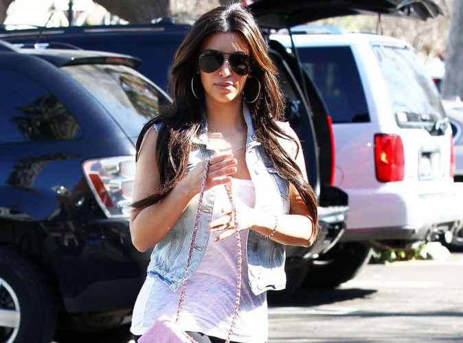 Kim Kardashian : sans sa gaine, son popotin n'est plus aussi sexy !