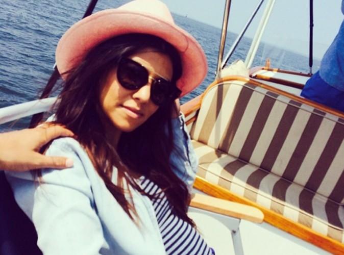 Kourtney Kardashian : petit ventre de grossesse à bord !