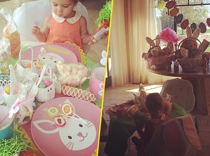 Kourtney Kardashian : son adorable Penelope attend sagement sa BFF North pour dévorer les oeufs de Pâques !