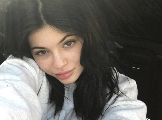 Kylie Jenner: elle se moque de sa grosse bouche sur instagram