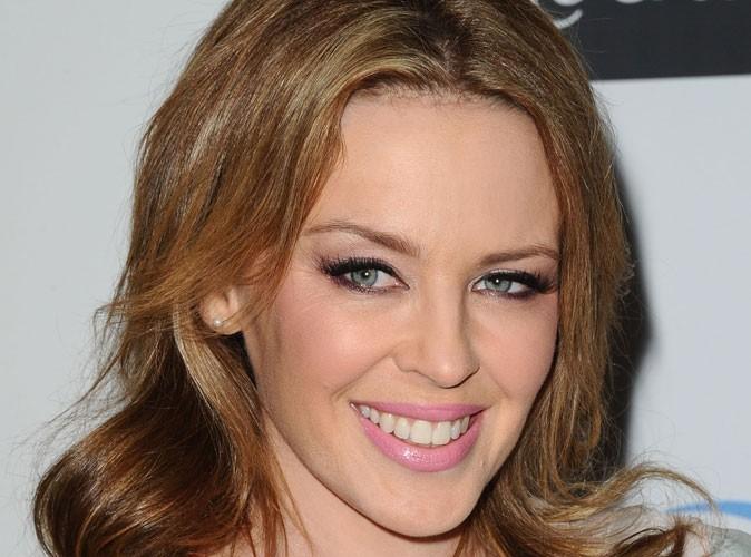 Kylie Minogue : elle se trouve vieille et moche !