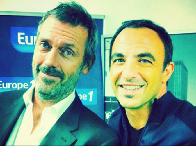 L'agenda du jour : Hugh Laurie se dévoile chez Nikos!